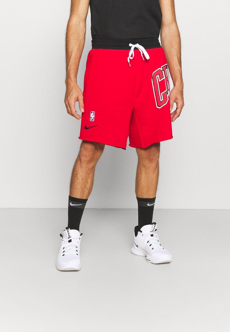 Nike Performance - NBA CHICAGO BULLS SHORT - Squadra - university red/black/white
