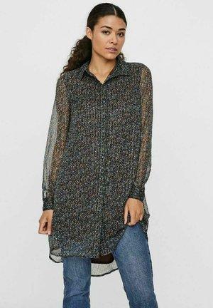 Button-down blouse - puce