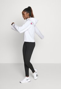 Champion - HOODED ROCHESTER - Kapuzenpullover - white - 1