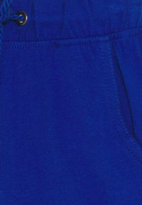 Blue Seven - SMALL BOYS 3 PACK - Shorts - blue/red - 4