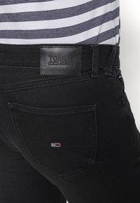 Tommy Jeans - SOPHIE SKINNY ANKLE - Jeans Skinny - ceasar black - 5