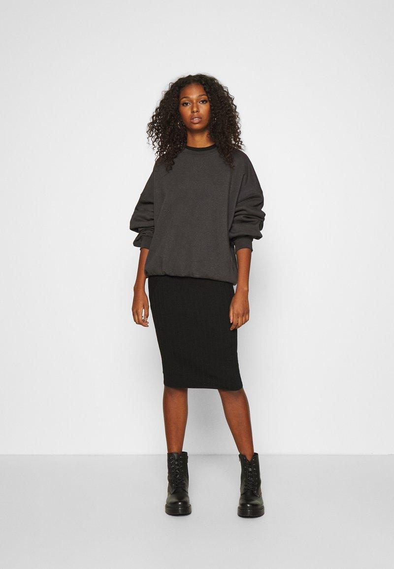 JDY JDYKATE DRESS - Strickkleid - black/schwarz iXuoca