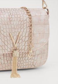 Valentino Bags - AUDREY - Håndveske - cipria - 3
