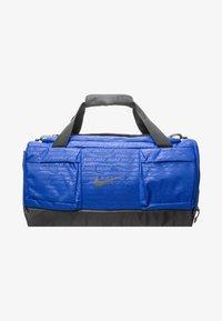 Nike Performance - VAPOR POWER M DUFF - Sportstasker - blue - 1