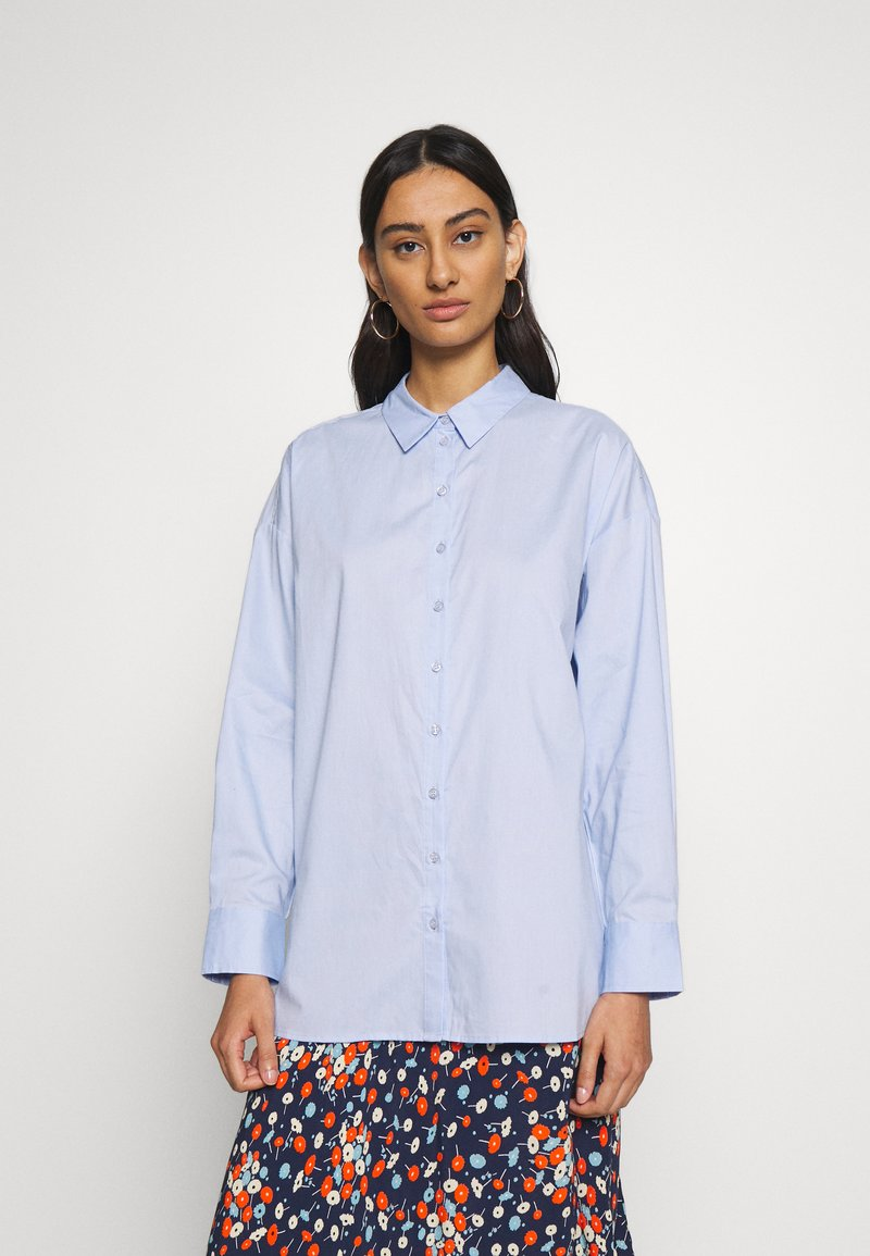 Gestuz - IBBY OVERSIZES - Button-down blouse - xenon blue