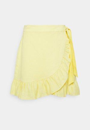 WAVERLY SKIRT - Wrap skirt - gelb