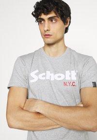 Schott - LOGO 2 PACK - Print T-shirt - black/heather grey - 4