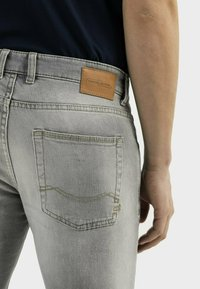 camel active - Slim fit jeans - cloudy grey - 4