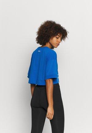 LAMIA - T-shirt con stampa - skydiver