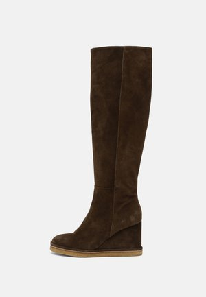 Platform boots - army
