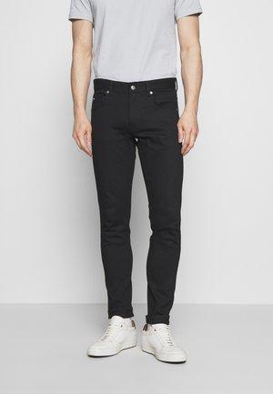 DAMIEN - Slim fit jeans - black