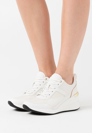 THRUNDRA - Sneaker low - white