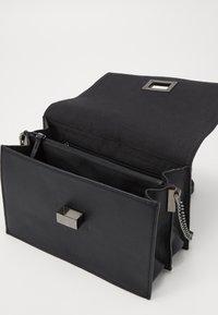 DAY ET - RIGA XL - Across body bag - black - 4