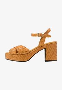 Pons Quintana - High heeled sandals - mostaza - 1