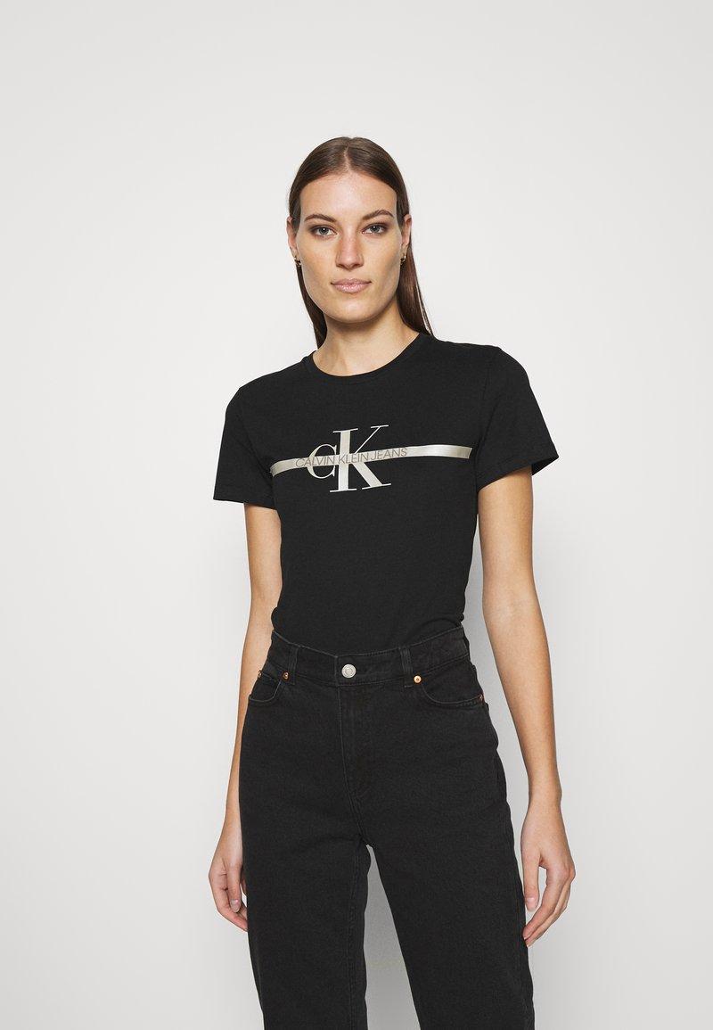 Calvin Klein Jeans - MONOGRAM TEE - Print T-shirt - black