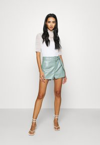 Missguided - Shorts - sage - 1