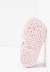 Geox - VERRED - Sandaler - pink/multicolor - 5