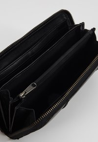 FREDsBRUDER - ZIPPY  - Wallet - black - 5