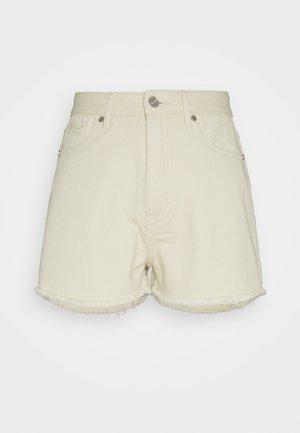 LIGHTWASH FRAY HEM - Shorts di jeans - stone