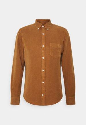 MANZA SLIM - Košile - canela brown
