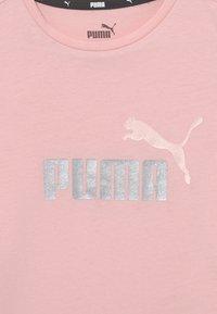 Puma - LOGO TEE UNISEX - T-shirt print - lotus - 2