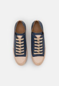 Candice Cooper - ROCK - Sneakers laag - tamponato navy/tamponato sabbia - 4