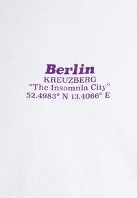 YOURTURN - UNISEX - T-shirt imprimé - white - 6