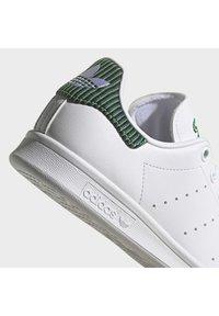 adidas Originals - STAN SMITH J UNISEX - Sneakers laag - ftwr white/clear brown/true orange - 9