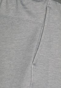 Nike Performance - DRY PANT RESTORE - Pantalones deportivos - iron grey heather/black - 5