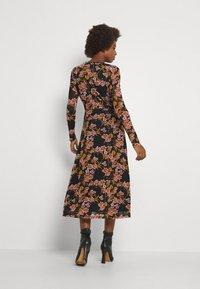 VILA TALL - VIGORGEOUS MIDI DRESS - Day dress - blumina - 2