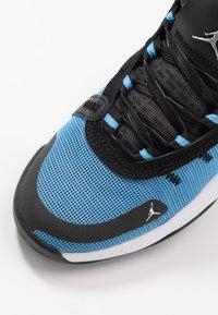 Jordan - JUMPMAN 2020 - Obuwie do koszykówki - university blue/metallic silver/black - 2