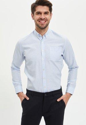 MODERN FIT - Skjorta - blue