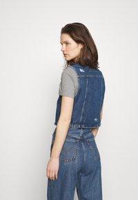 edc by Esprit - VEST CROPPED - Waistcoat - blue denim - 2