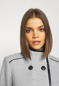 Vero Moda - VMCALAVERONICA  - Zimní kabát - light grey melange - 3