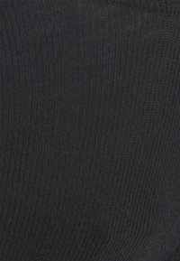 Calvin Klein Underwear - PURE THONG - Thong - black - 5