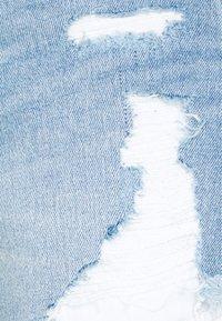 Hollister Co. - Džínové kraťasy - light-blue denim - 2