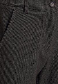 Opus - MELINA FRESH - Bukse - black - 7