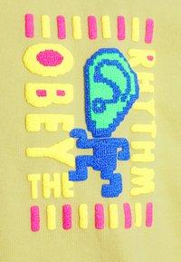 Obey Clothing - THE RHYTHM - Collegepaita - spirulina - 6