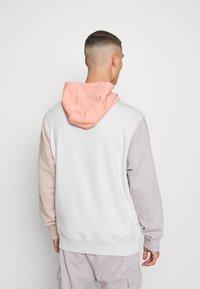 Nike Sportswear - HOODIE - Zip-up hoodie - vast grey/pink quartz - 2