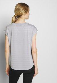Even&Odd active - Print T-shirt - grey - 2