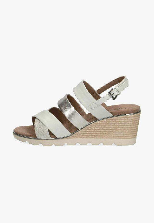 Sandalen met sleehak - silver comb