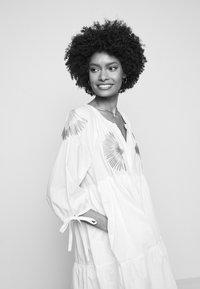 Steffen Schraut - IPANEMA SUMMER TUNIC DRESS - Day dress - white - 4