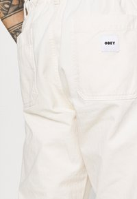 Obey Clothing - MARSHALL PANT - Chinot - sago - 4