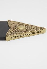 Versace Jeans Couture - BUCKLE - Riem - black - 4