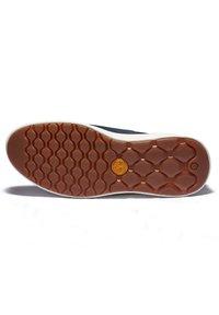 Timberland - BRADSTREET ULTRA BOAT - Boat shoes - black iris - 2