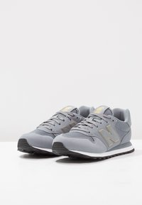New Balance - GW500 - Sneaker low - grey/gold - 3
