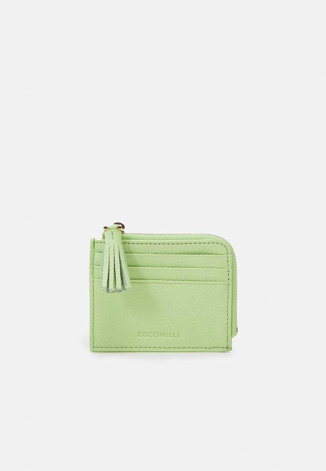 TASSEL - Wallet - tea green
