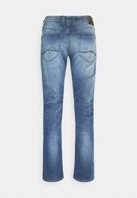 Mustang - OREGON - Straight leg jeans - denim blue - 7