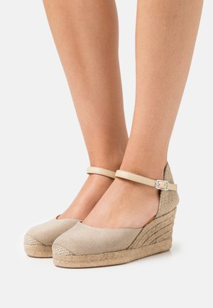 CACERES - Platform sandals - natural
