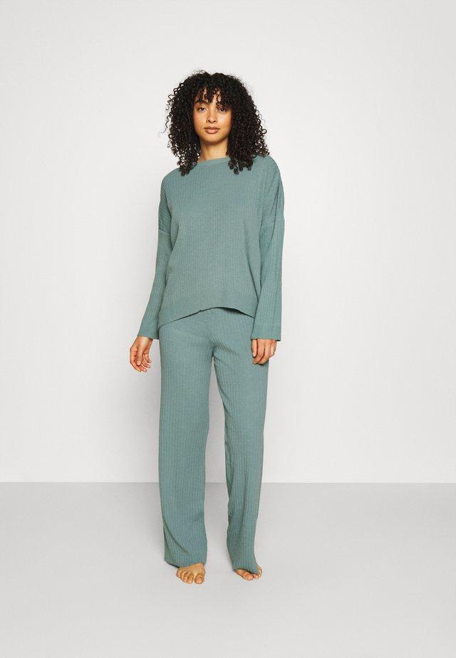 SET - Pullover - mint